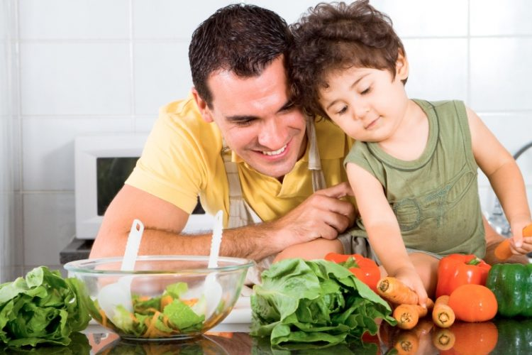kid-dad-veggies-lg2.jpg